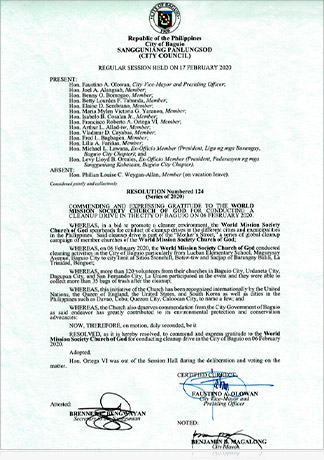 바기오 시장과 부시장, 시의원 13명, 벤자민 B. 마갈롱, 파우스티노 A. 올로완