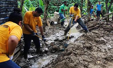 도미니카 공화국 홍수 피해 복구..